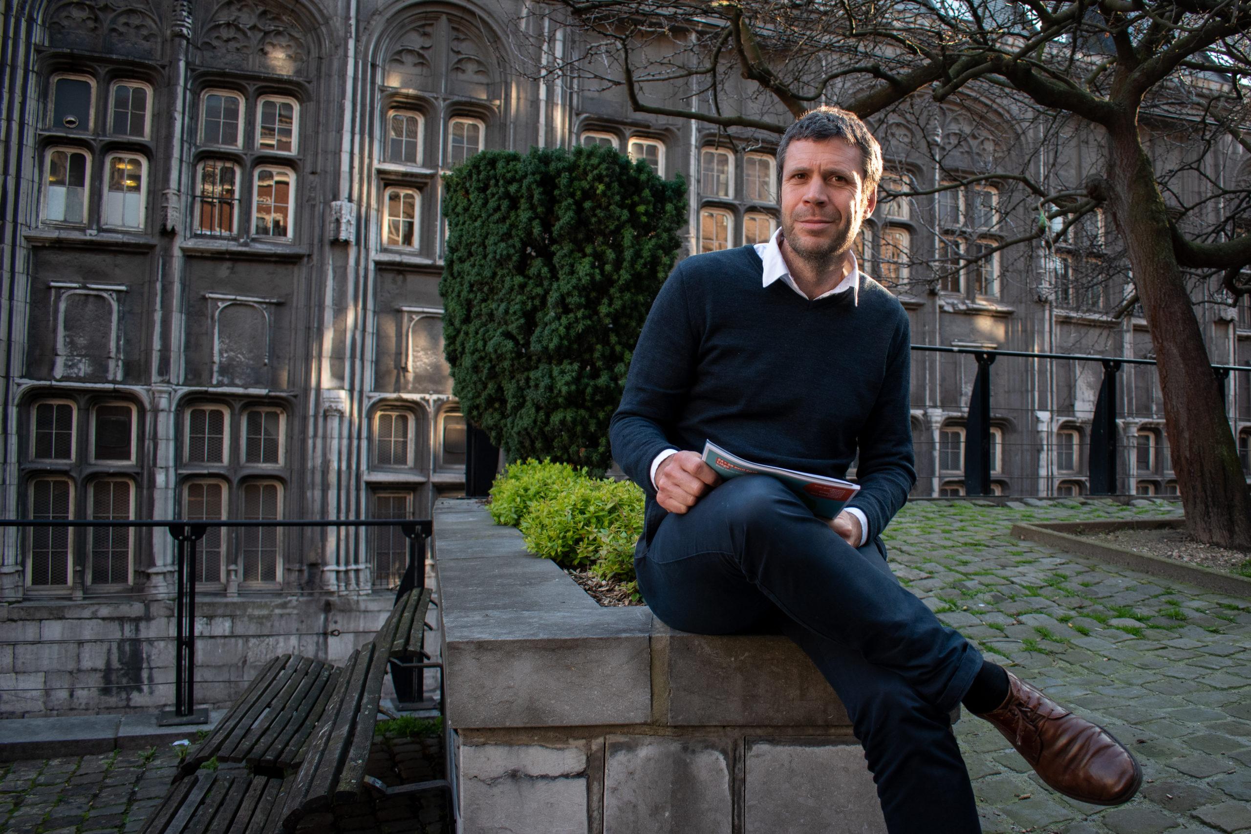 Interview Créative avec Hugues Dorzée, rédacteur en chef de Imagine Magazine